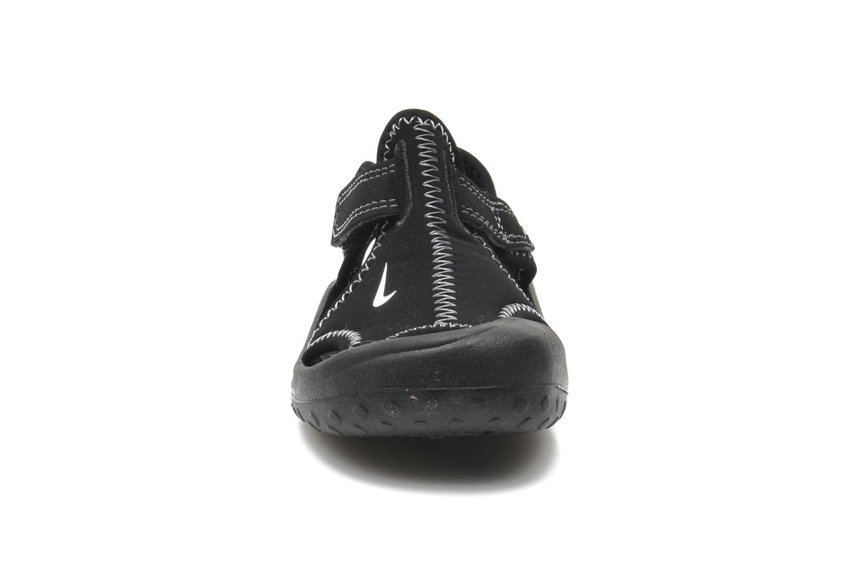 Chaussures de sport Nike SUNRAY PROTECT (TD) Noir vue portées chaussures