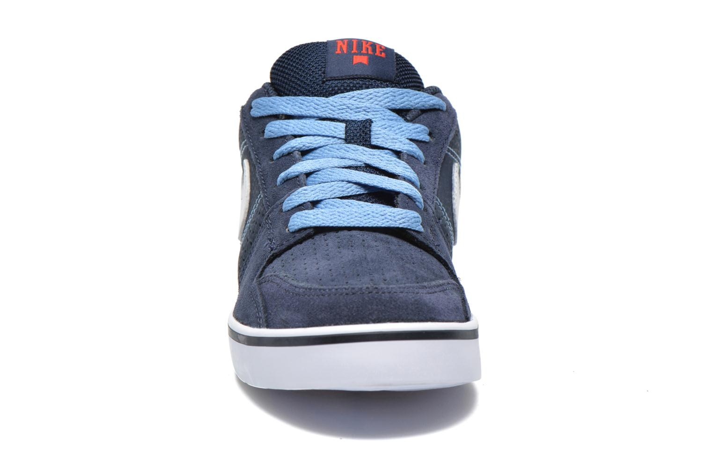 Baskets Nike Nike Ruckus Low Jr Bleu vue portées chaussures