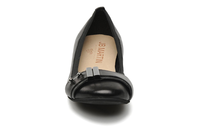 Ballerines JB MARTIN Baguera Noir vue portées chaussures