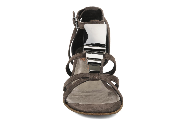 Sandales et nu-pieds JB MARTIN Isca Marron vue portées chaussures