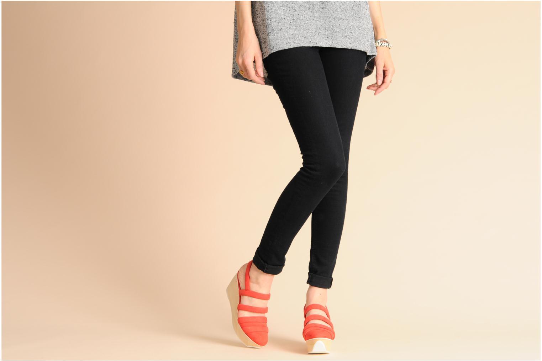 Sandalen B Store Edwige 6 orange ansicht von unten / tasche getragen
