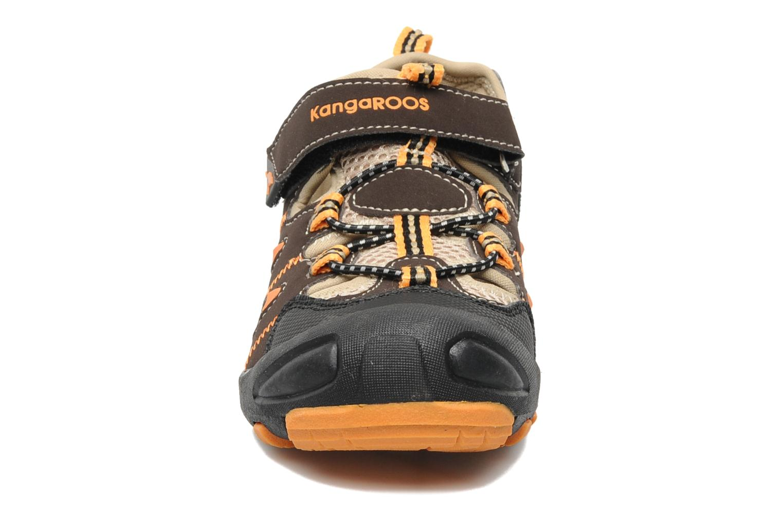 Sneakers Kangaroos Beni Bruin model