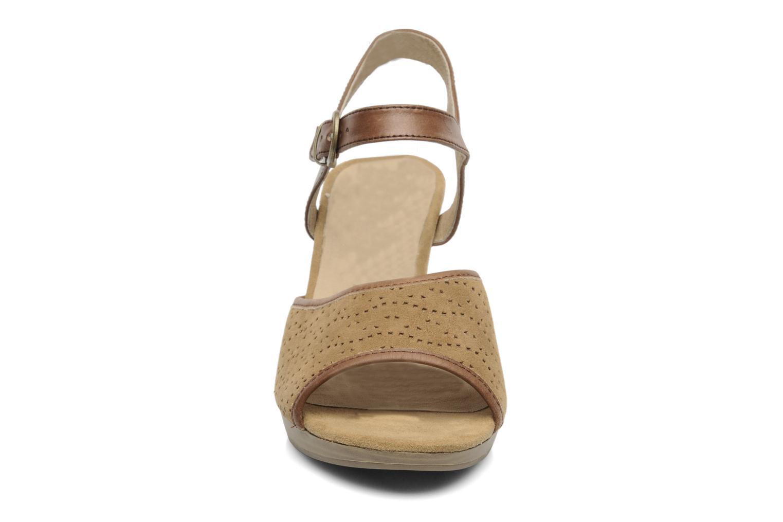 Sandales et nu-pieds Caprice FOULLIA Beige vue portées chaussures