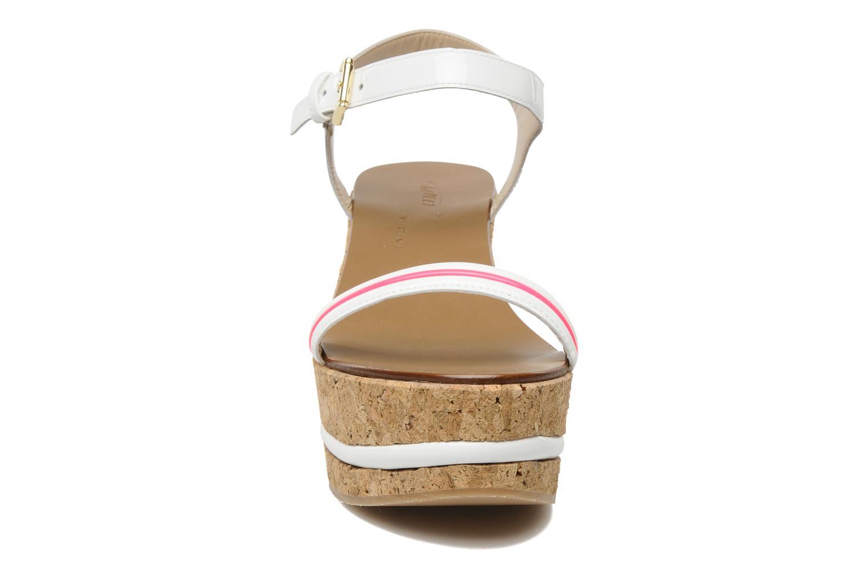 Sandales et nu-pieds Tapeet Tolly Blanc vue portées chaussures