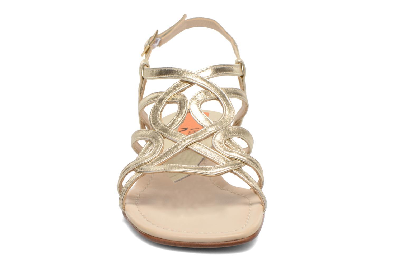 Sandales et nu-pieds Anna Volodia Aplat Or et bronze vue portées chaussures