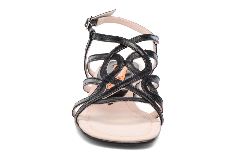 Sandales et nu-pieds Anna Volodia Aplat Noir vue portées chaussures