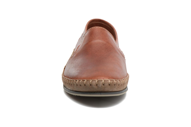 Loafers Fluchos Bahamas 8674 Röd bild av skorna på