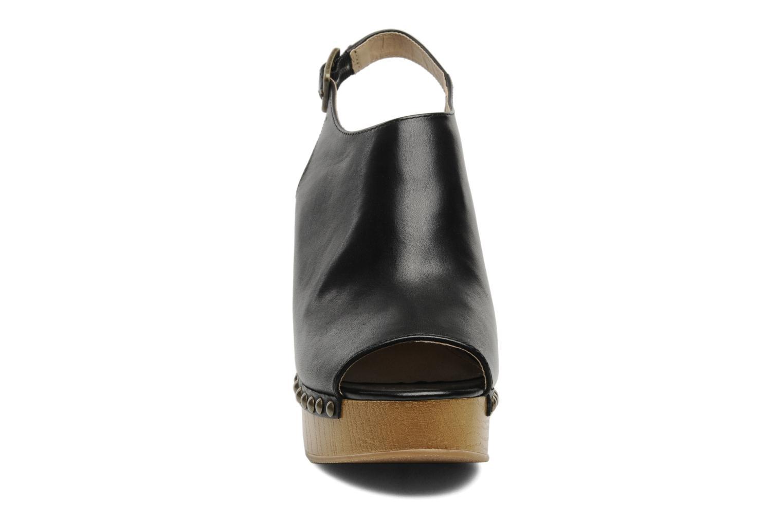 Mules et sabots Steve Madden TRYFFLE Noir vue portées chaussures