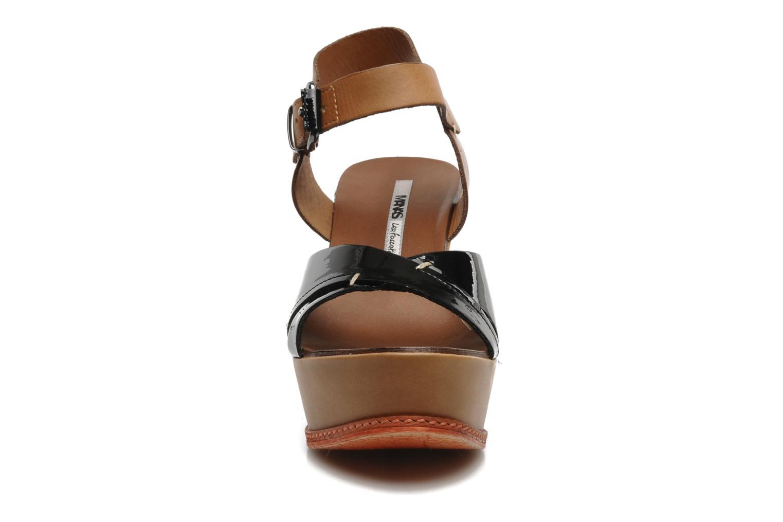 Sandalen Manas Muniz schwarz schuhe getragen