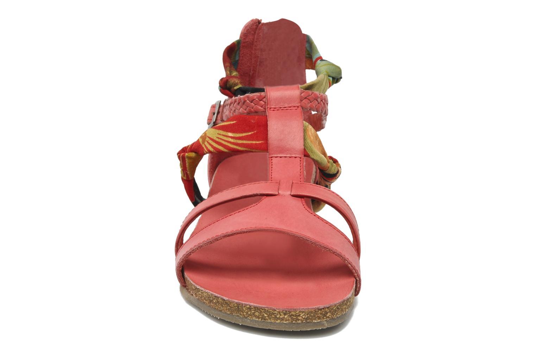 Sandalen SPM PANEMA rot schuhe getragen