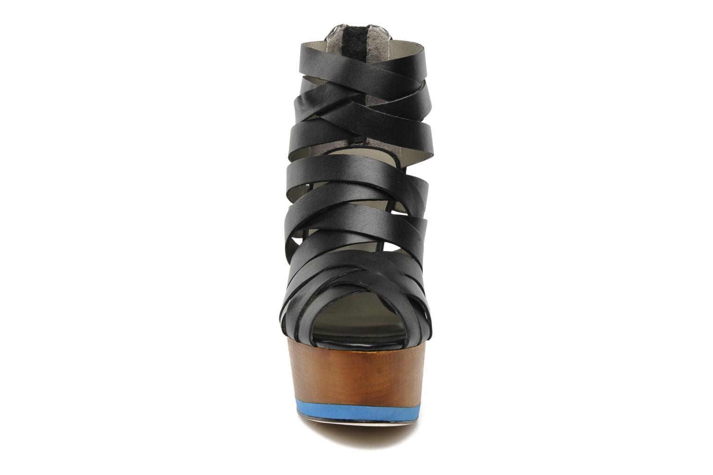 Sandales et nu-pieds Skin by Finsk NESIVE Noir vue portées chaussures