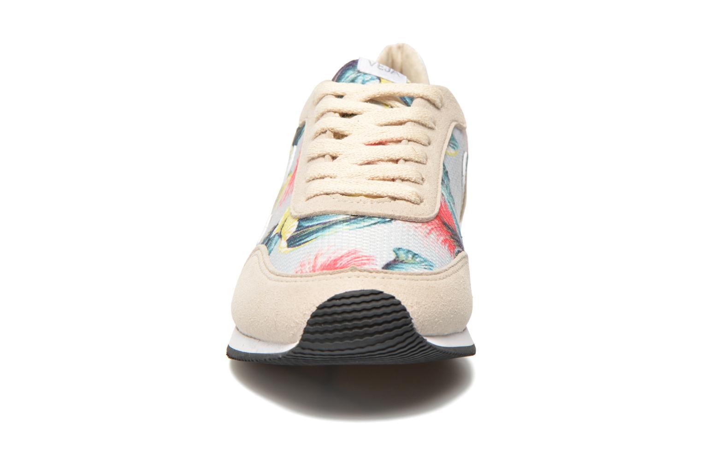 Baskets Veja Arcade W Multicolore vue portées chaussures