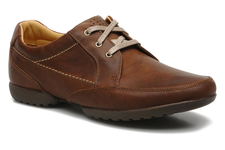 Chaussures à lacets Clarks Recline Out Marron vue détail/paire
