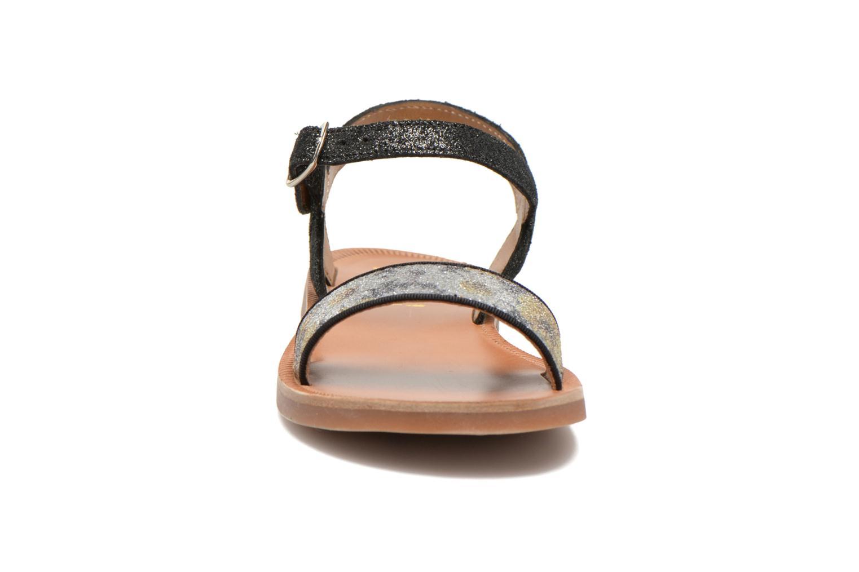 Sandales et nu-pieds Pom d Api Plagette Buckle Tao Noir vue portées chaussures