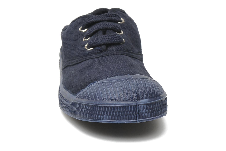 Sneakers Bensimon Tennis Colorsole E Azzurro modello indossato