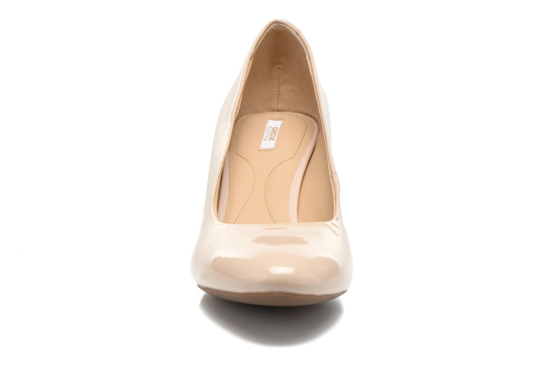 Escarpins Geox D MARIELE MID B D32T7B Beige vue portées chaussures