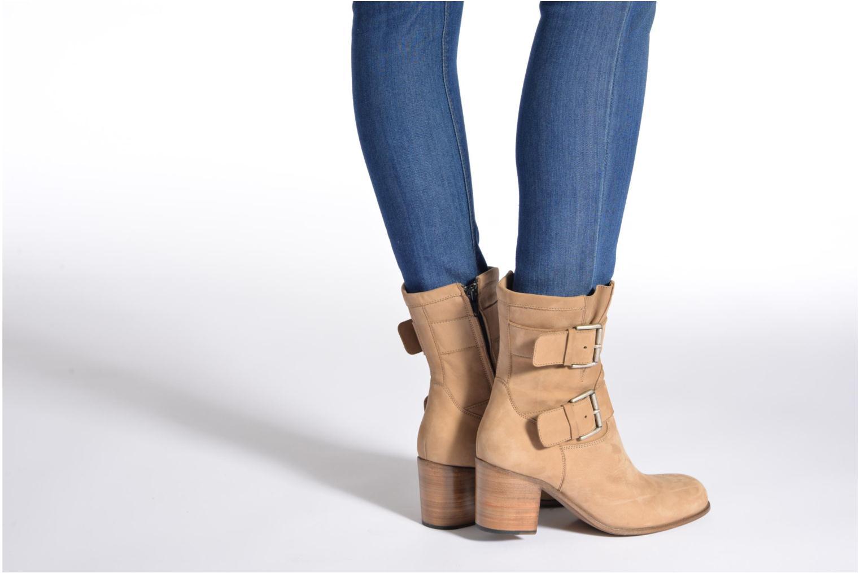 Stiefeletten & Boots Free Lance Azev 7 mini strap braun ansicht von unten / tasche getragen