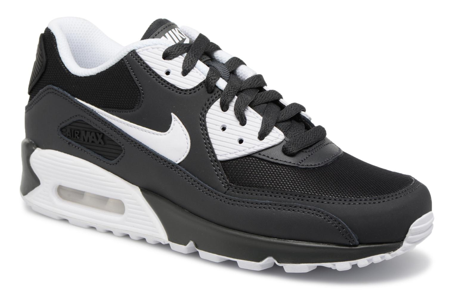 differently 86ce0 64db5 Nike Nike Air Max 90 Essential (schwarz) - Sneaker chez Sarenza (266704)