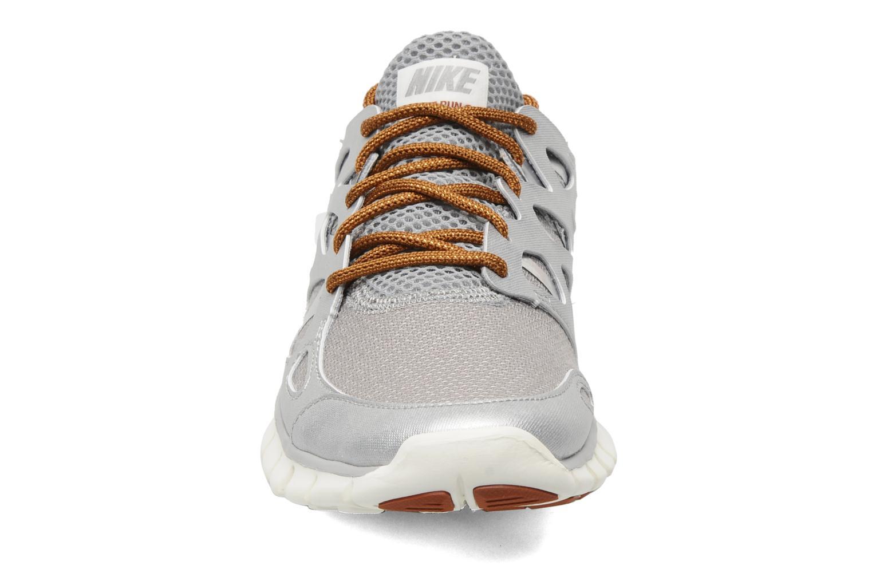 Chaussures de sport Nike Wmns Nike Free Run+ 2 Prm Ext Argent vue portées chaussures