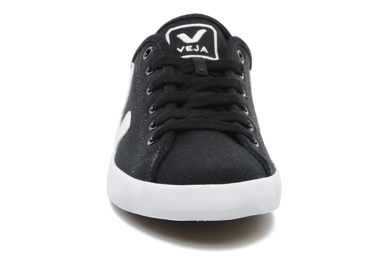 Taua W Black / white