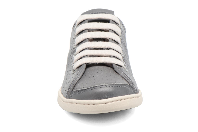 Baskets Camper Uno 21815 Gris vue portées chaussures