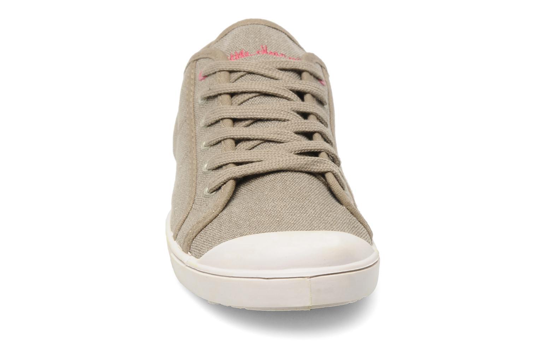 Baskets Little Marcel Benitage Beige vue portées chaussures