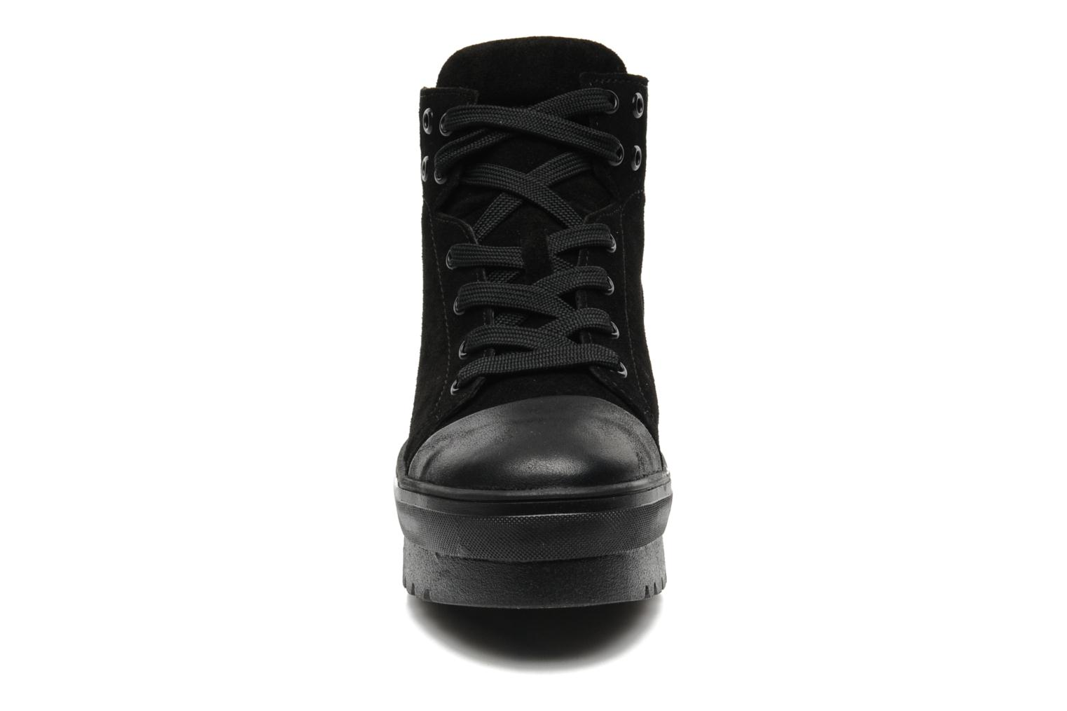 Trainers Pastelle Paty Black model view