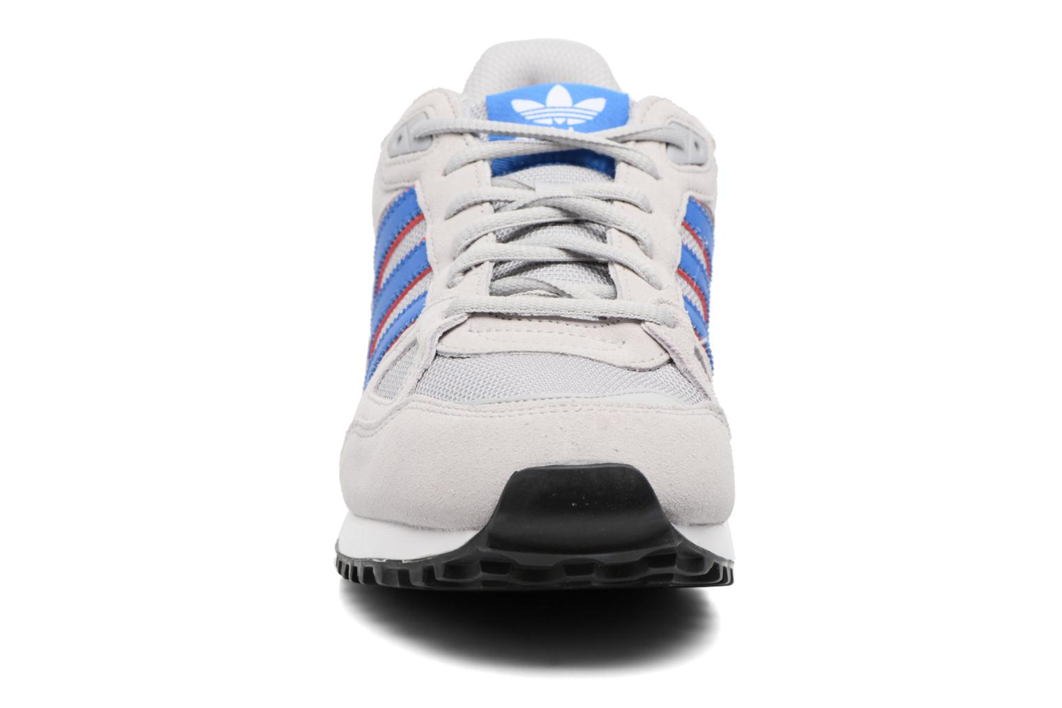 Trainers Adidas Originals Zx 750 Grey model view