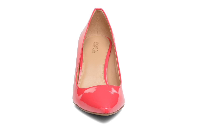 Escarpins Michael Michael Kors MK Flex Mid Pump W Rose vue portées chaussures