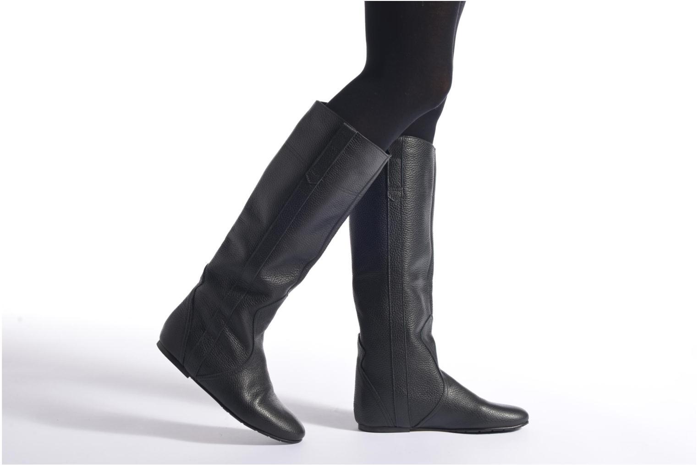 Stiefel Fabio Rusconi Isabella beige ansicht von unten / tasche getragen