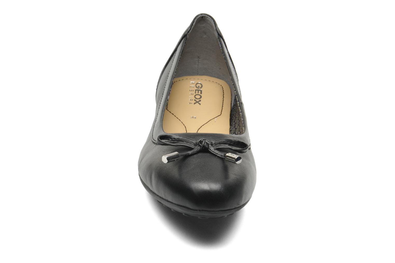 Ballerines Geox D PIUMA BAL H D34D8H Noir vue portées chaussures
