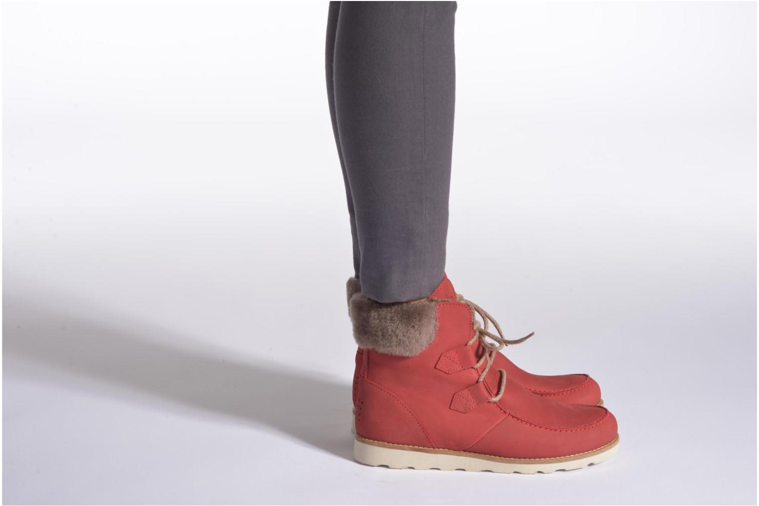 Ankle boots TBS Ariana Red view from underneath / model view