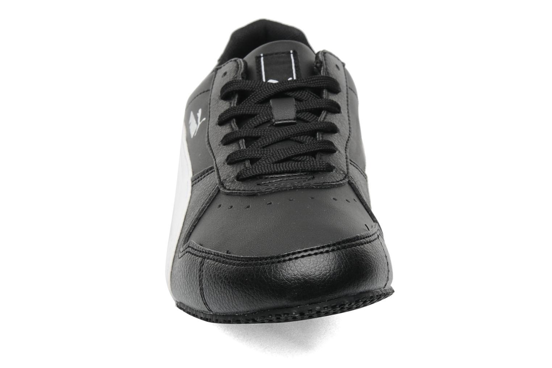 Sneakers Puma Puma Fieldster Zwart model