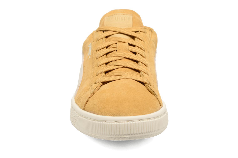 Baskets Puma Suede Classic Wn's Jaune vue portées chaussures