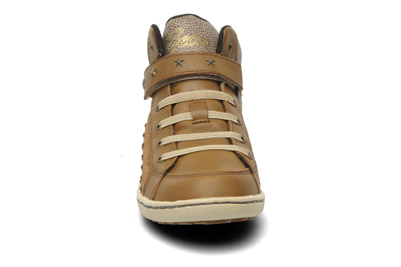 Baskets Geox J PRISCA A Marron vue portées chaussures