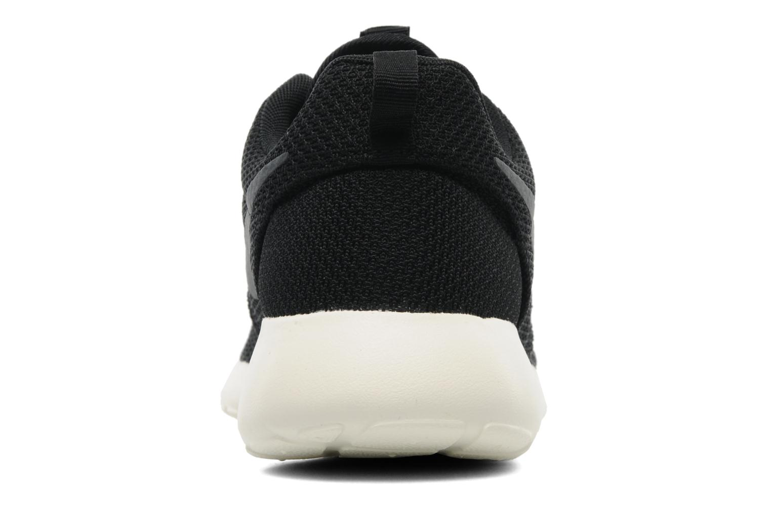 Trainers Nike Nike Roshe One Black view from the right