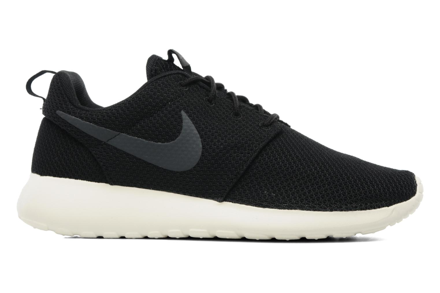 Trainers Nike Nike Roshe One Black back view