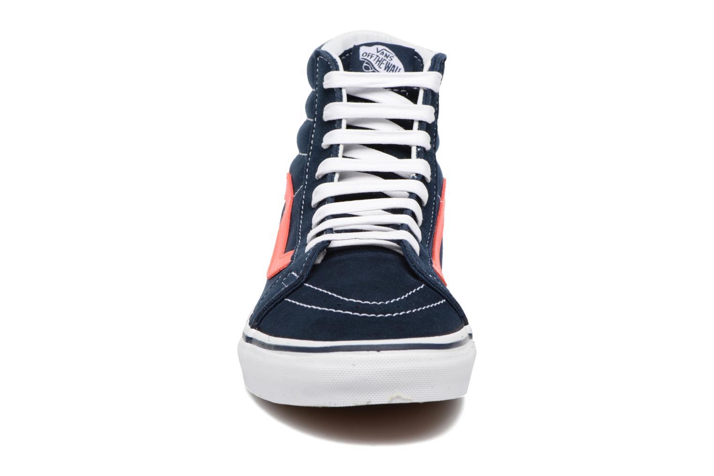 Sneakers Vans Sk8-Hi Reissue Azzurro modello indossato