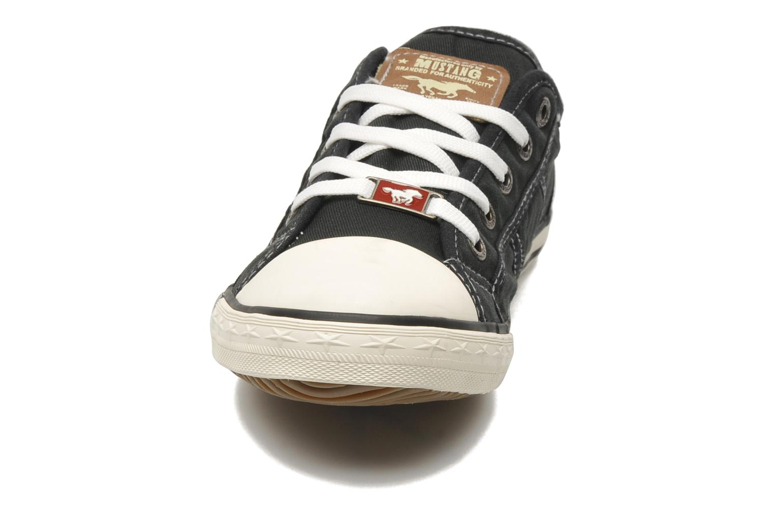Trainers Mustang shoes Pitaya Black model view