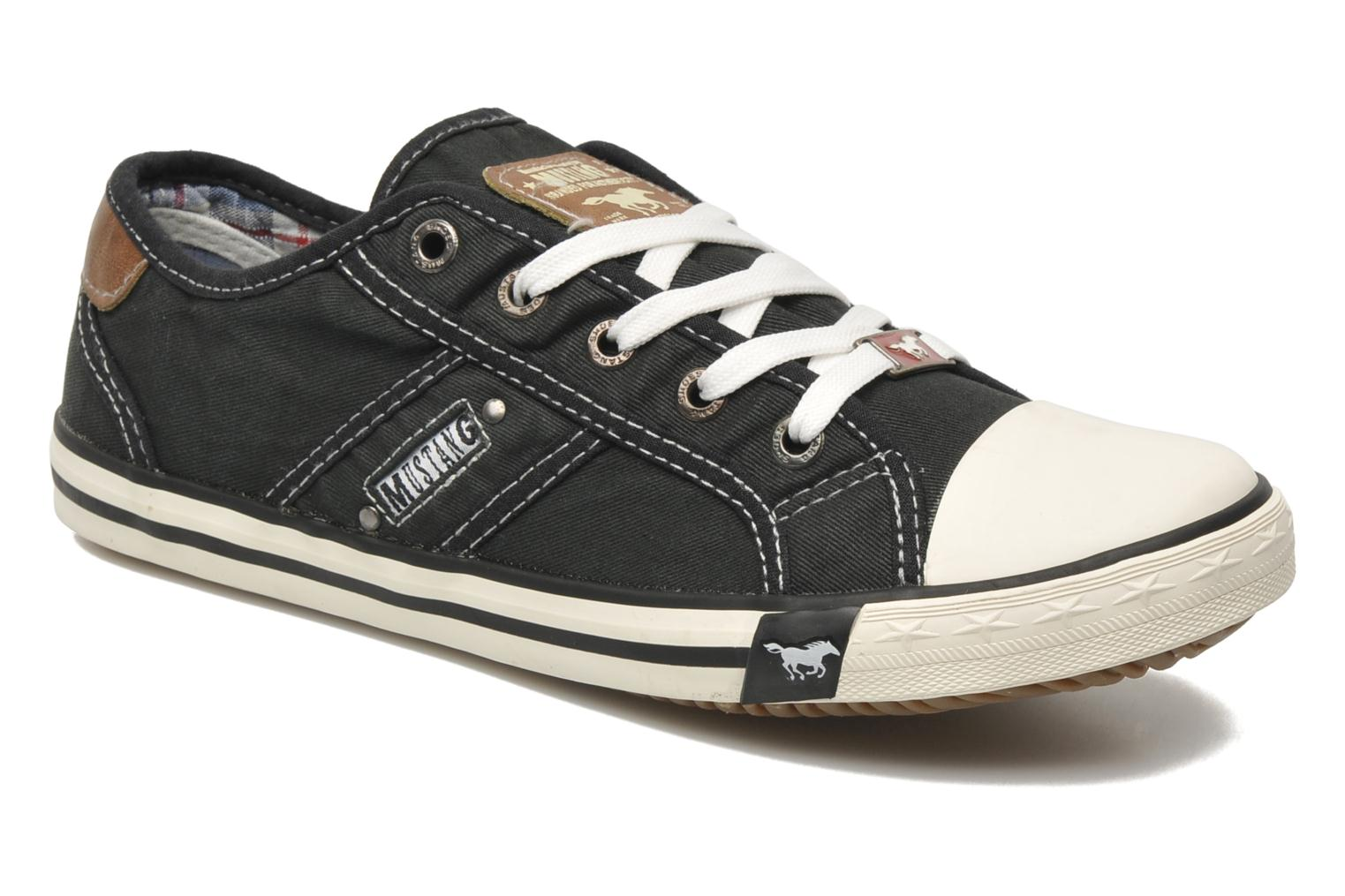 Trainers Mustang shoes Pitaya Black detailed view/ Pair view