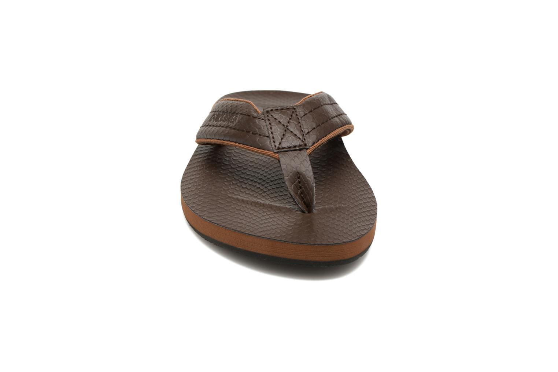 Flip flops & klipklapper Quiksilver Carver Nubuck Brun se skoene på