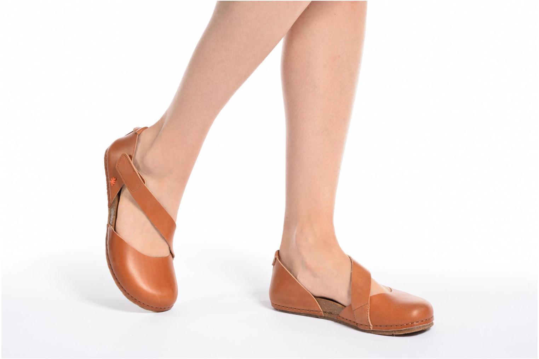 Ballerinas Art Creta 442 orange ansicht von unten / tasche getragen