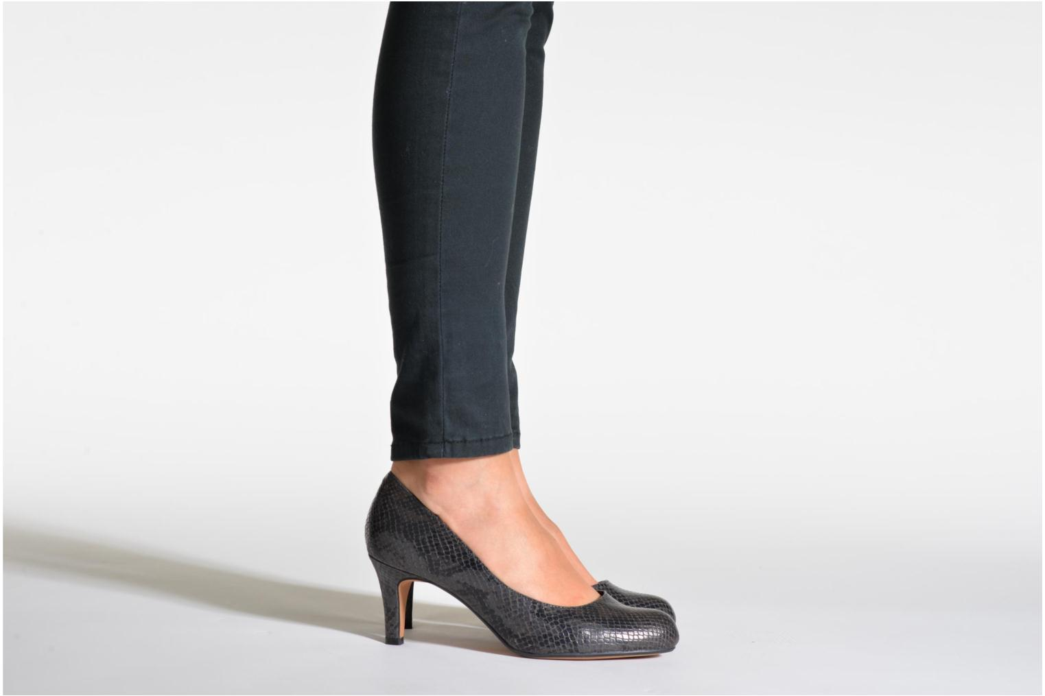 Arista Abe Black leather