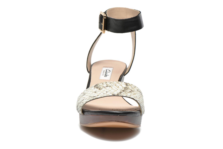Sandales et nu-pieds Clarks Ornate Jewel Multicolore vue portées chaussures