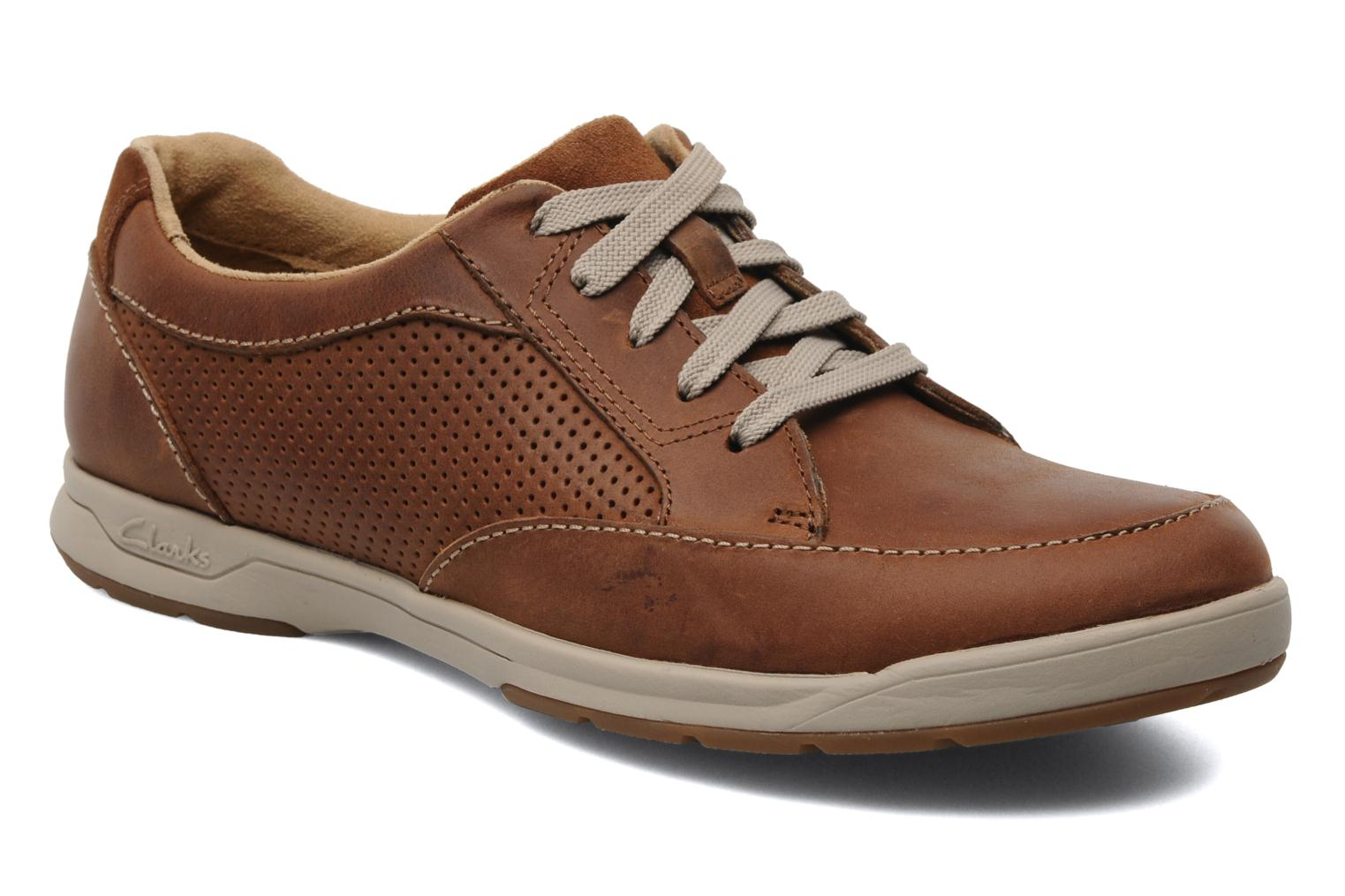 Clarks Unstructured Stafford Park5 (Marron) - Baskets chez Sarenza (166650)