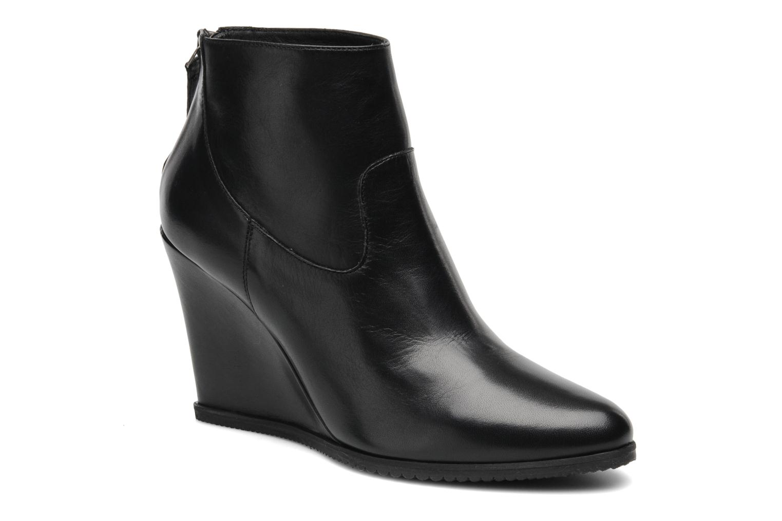 Ankle boots Georgia Rose Tablier Black detailed view/ Pair view