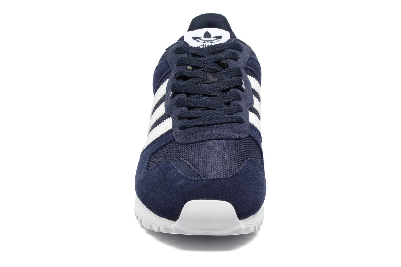 Sneakers Adidas Originals Zx 700 Blauw model
