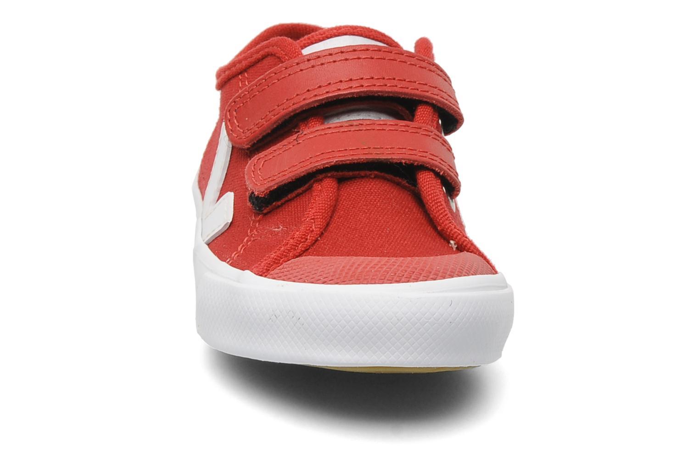 Baskets Veja GURIS VELCRO KIDS Rouge vue portées chaussures