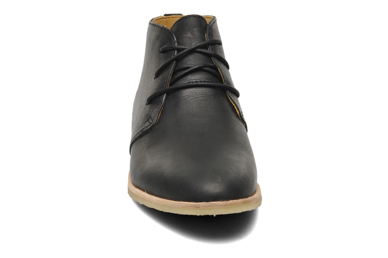 Phenia Desert Black leather