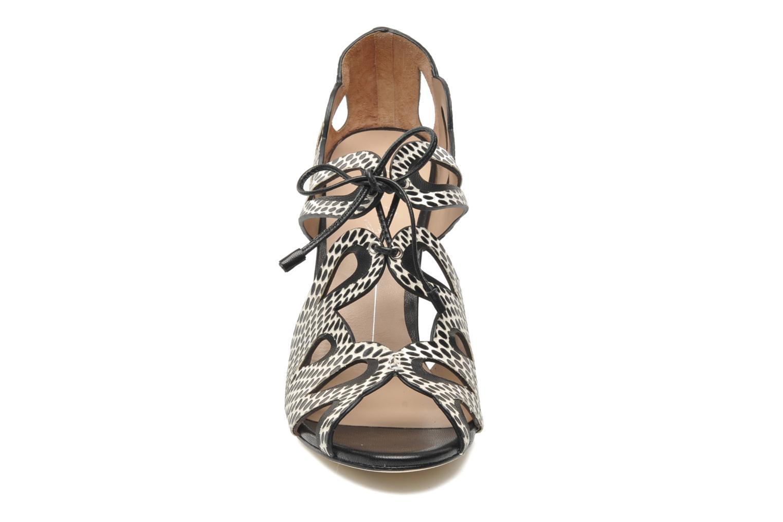 Sandales et nu-pieds Lola Cruz Mada Noir vue portées chaussures